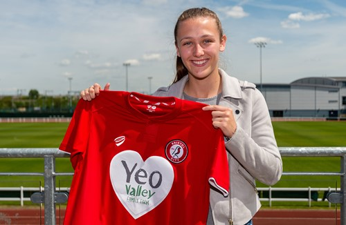 Wellings signs with City Women